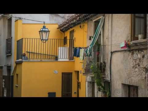 Cefalù - A taste of Sicily