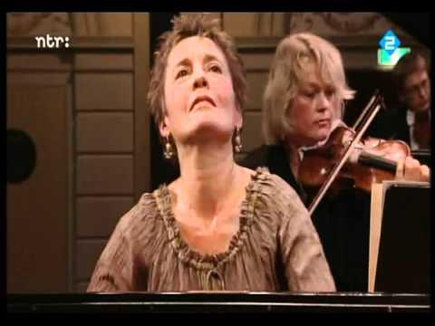 ♫ Maria João Pires: Chopin, Piano Concerto II: Allegro vivace ♪