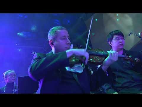 Kindred - Camille - Aurelion Sol Themes ft Li Yundi - League of Legends - Worlds 2017 Live Concert