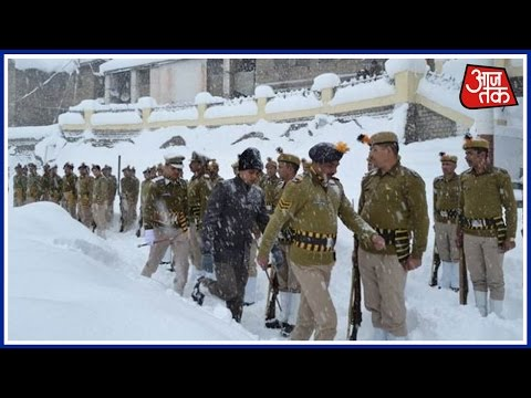 No Republic Day Celebration In Kashmir Due To Heavy Snowfall