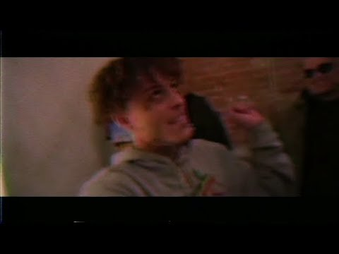 Lil Skies - Don't Love Me (Music Video)