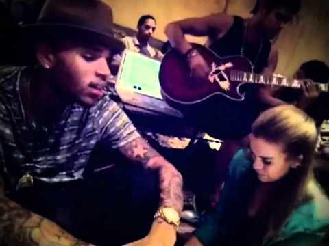 Chris Brown U.G.L.Y Acoustic Session Live