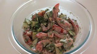 Салат из помидор с огурцами