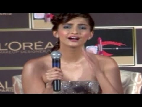 Sonam Kapoor's MOST EMBRASSING moment in PUBLIC