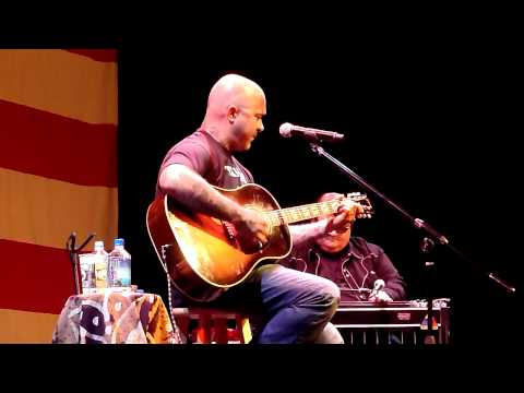 Aaron Lewis - What's Up (4 Non Blondes) HD Live in Lake Tahoe 8/06/2011