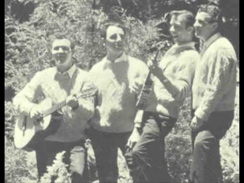Clancy Brothers and Tommy Makem - Brennan on The Moor