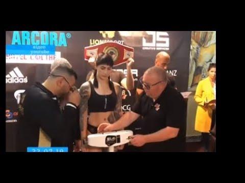 ТРК ВіККА: Черкаська боксерка отримала свій перший професійний пояс