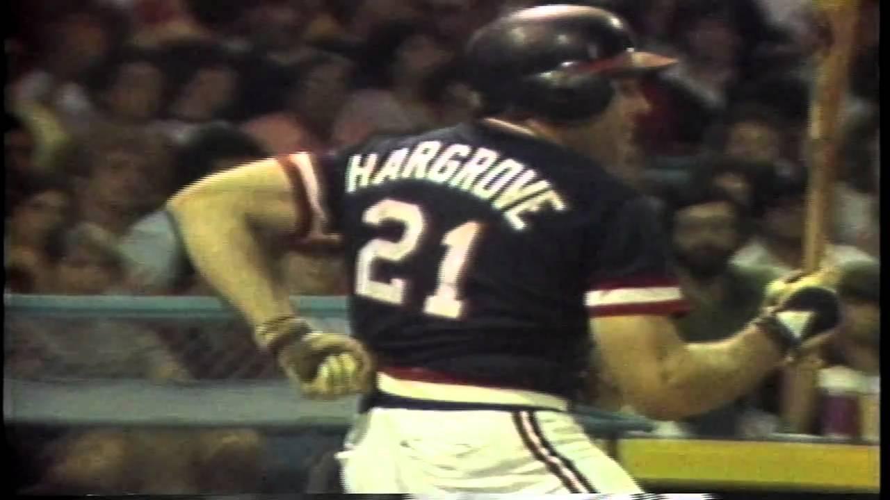 Cardinals' announcer Dan McLaughlin boos Rockies' pitcher