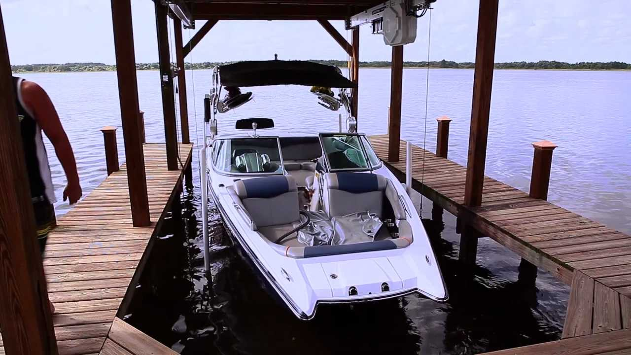 ShoreStation FlexPower Hydraulic Boat House Lift - YouTube