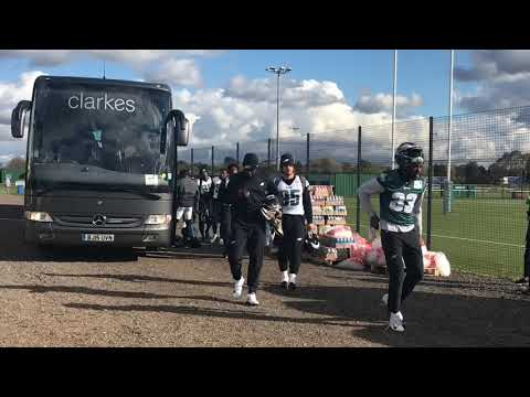 Eagles arrive for practice in London