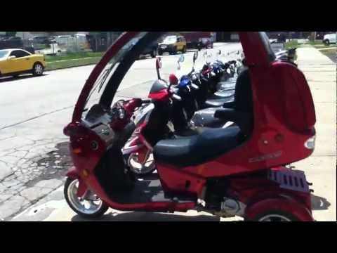 The Amazing Auto Moto Trike Enclosed Scooter!