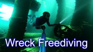 Oil Tanker Wreck  - Freediving the Antipolis