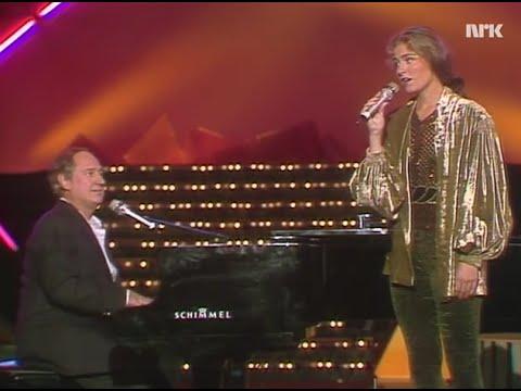 Sissel Kyrkjebø & Neil Sedaka - Solitaire - 1991 [CC]