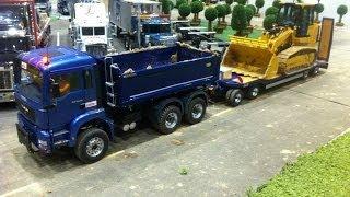 Transport of a CAT track loader 963D