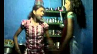 Zalla Halla (DJ SUJATA) Lovable dance by two village girls at home