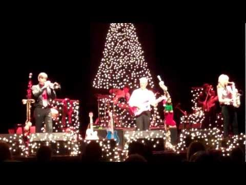 Happy Christmas (War is Over) - Peter White (Smooth Jazz Family)