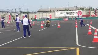 Download Video Kompetisi instruktur safety riding Slalom course with Honda CB650cx ady jotos @adyjotos MP3 3GP MP4