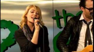 Metric - Gimme Sympathy (Live at 228 Yonge)