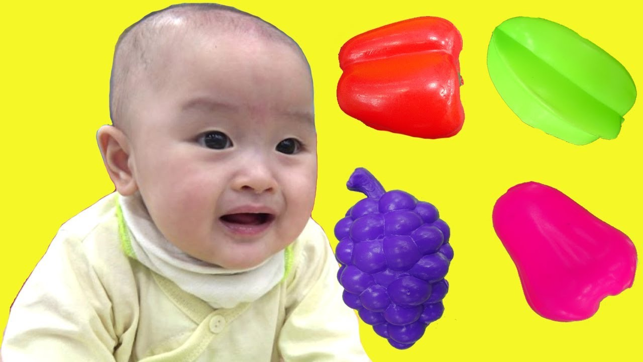 Johny johny yes papa with baby cute at indoor playground for kids and family fun - ジョニージョニーはいパパ