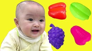 Download Johny johny yes papa with baby cute at indoor playground for kids and family fun - ジョニージョニーはいパパ Mp3 and Videos