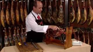 Cómo cortar un jamón Ibérico de bellota