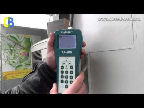Тест антенны Yaesu VX-8DR антенным анализатором одесскими радиолюбителями