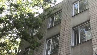 Judecătorii stau cu aparatele de aer condiționat incluse și cu geamurile deschise