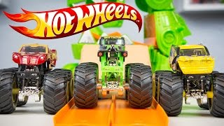 HOT WHEELS Monster Jam Dragon Blast Challenge Toy Trucks Grave Digger Iron Man Wolverine