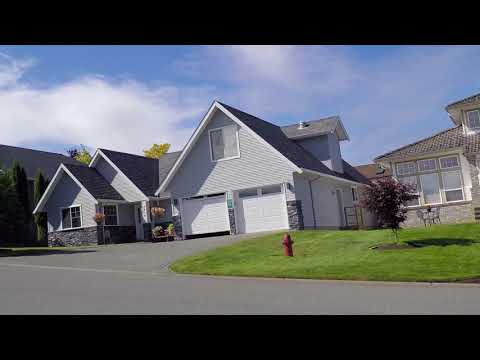 Life in Campbell River, British Columbia (BC), Canada - Driving Around Houses & Property 2017