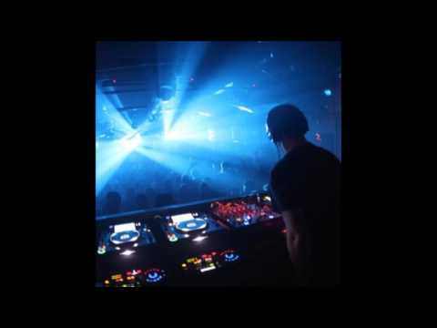 Sasha Live from The Alexander Palace London 1999 Essential mix