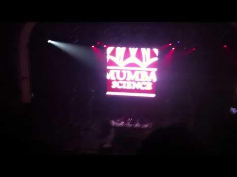 Soulwaxmas, Brixton 2011, 2 many DJ's