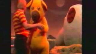 Bamse, forlæns og baglæns på planeten Joakim (Fjernsyn for dyr - 1983)