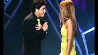 Repeat youtube video Zeze Di camargo & Wanessa Camargo -  é o amor (no puedo negar)