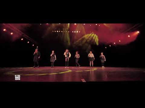 Shirley Spoor (mashup Bruno Mars) - GDC Amsterdam - Nieuwjaarsshow