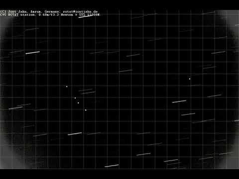 2018-03-19 Geostationary satellites (timelapse about 700x)