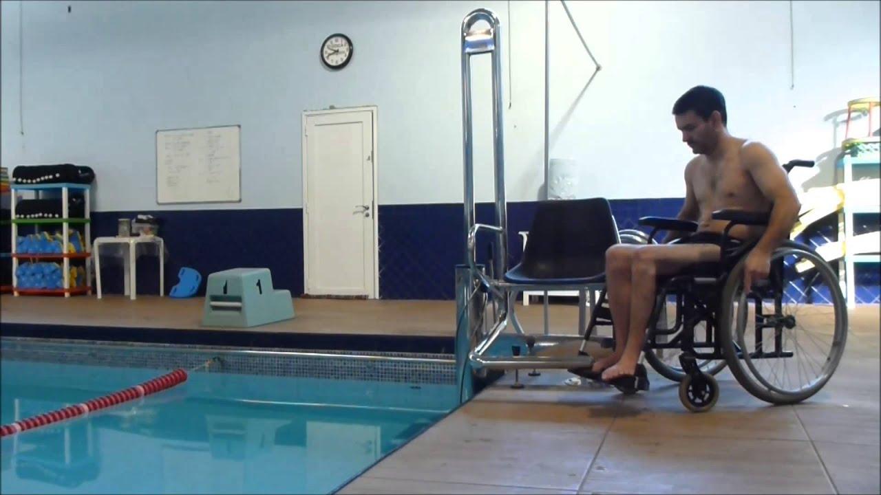 Cadeira elevador para uso em piscinas youtube for Alberca para 8 personas
