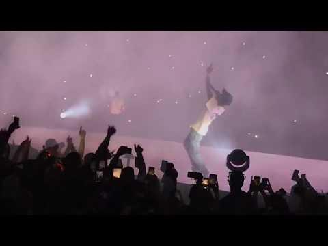 Drake x Travis Scott - Sicko Mode (Live in Toronto)