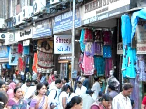 Shopping at Bhuleshwar Market - Mumbai