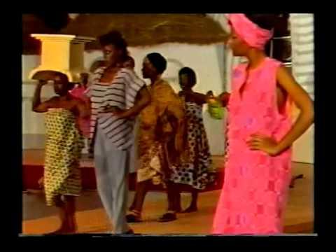 FASHION DESIGNER RICCI OSSEI -- GHANA 1985 --