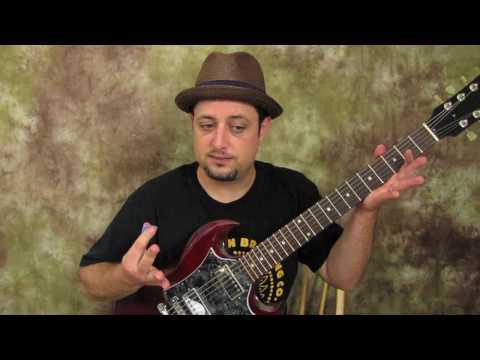Alice in Chains - Them Bones - Main Riff - Beginner Guitar Lessons Rock alternative Grunge