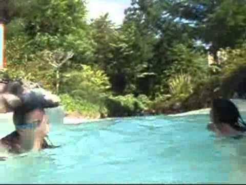 Wild Water Rapids Center Parcs Longleat Forest Youtube