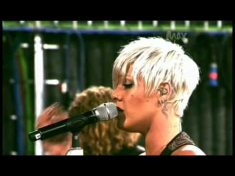 P!nk - 'Please Don't Leave Me' (Live on Max)