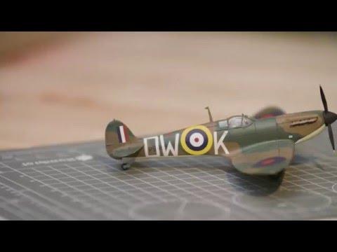 Airfix Spitfire Starter Gift Set | Hobbycraft