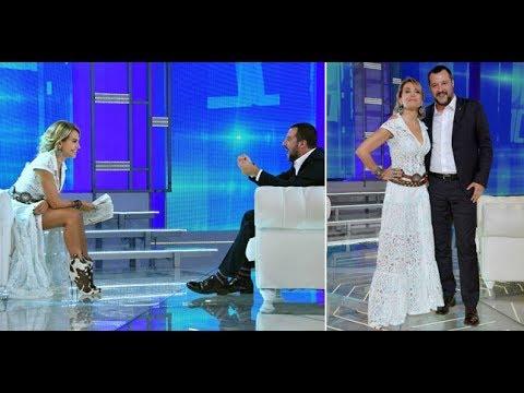 Procura vs Salvini: Utilizzava voli di stato per comizi e per andare in TV dalla D'Urso