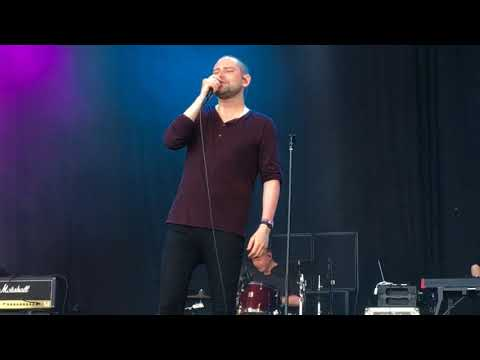 Keep yourself warm - The Twilight Sad Live Frightened Rabbit cover tribute Primavera Sound 2018