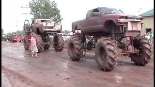 Mega Mud Truck Pull Off Tug O War