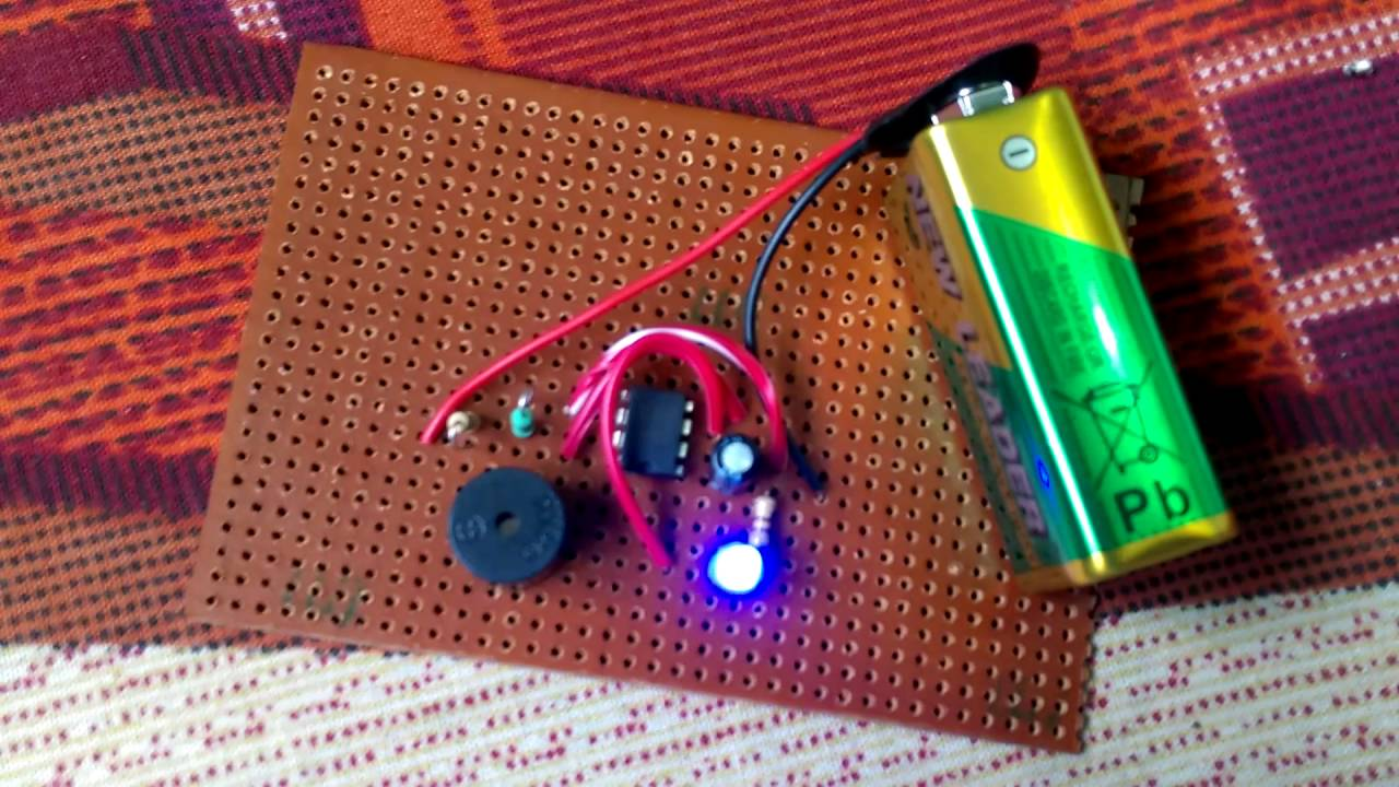 555 Buzzer Youtube Basic Astable Timer Ic Flasher Ledandlightcircuit Circuit