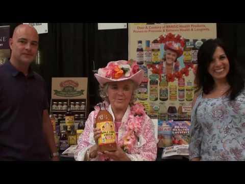 Patricia Bragg at the Arizona Sprouts Convention!
