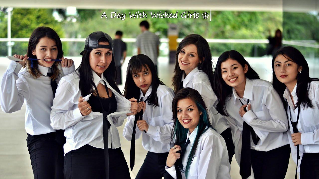 Wicked Girls  E2 99 94 Amigo Secreto