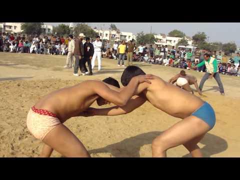 Junior Wrestler - Nitin Chawla of Guru Jasram Akhara..A very good and clear win